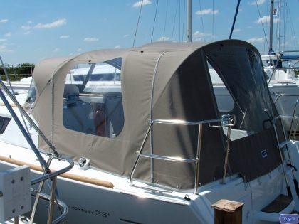 jeanneau sun odyssey 33i cockpit enclosure fitted to standard sprayhood 2