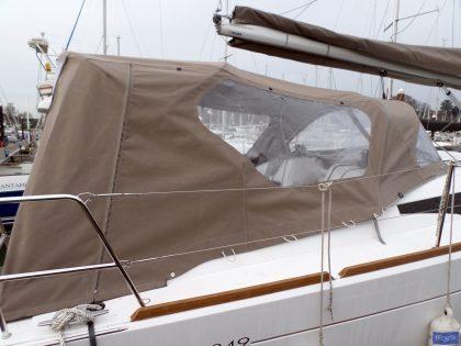 jeanneau sun odyssey 349 cockpit enclosure 3