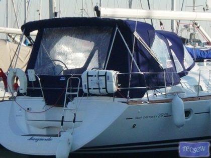 jeanneau sun odyssey 39ds cockpit enclosure 1
