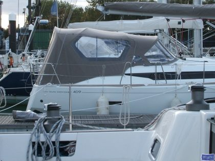 jeanneau sun odyssey 409 cockpit enclosure fitted to factory sprayhood 1