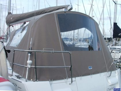 jeanneau sun odyssey 409 cockpit enclosure fitted to factory sprayhood 2