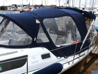 jeanneau sun odyssey 42ds cockpit enclosure fitted to tecsew sprayhood 1