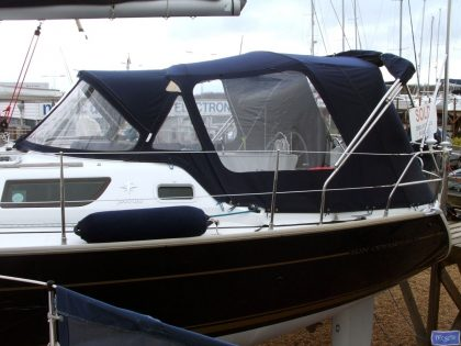 jeanneau sun odyssey 42ds cockpit enclosure fitted to tecsew sprayhood 2