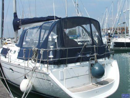 jeanneau sun odyssey 43ds cockpit enclosure fitted to dutch sprayhood 1