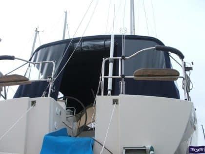 moody 41 classic bimini conversion fitted to tecsew bimini 6