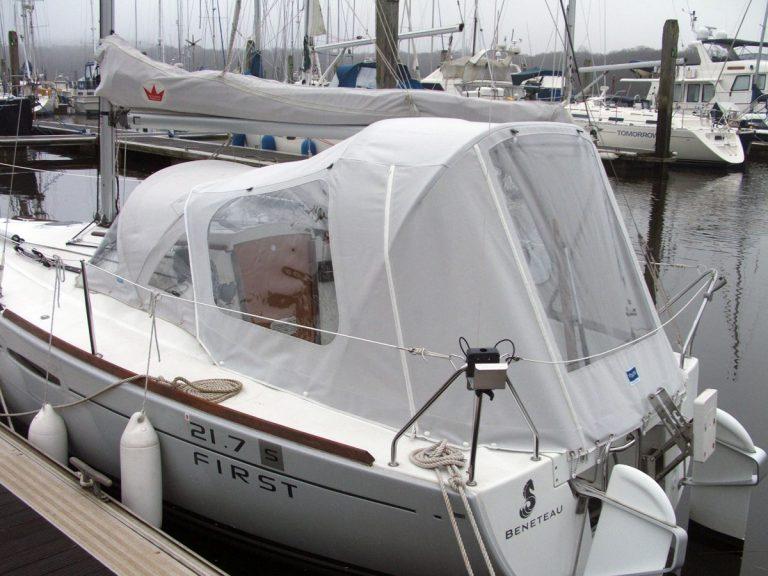 Beneteau First 21.7 Cockpit Enclosure