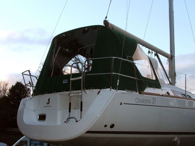 Beneteau Oceanis 31 Cockpit Enclosure fitted to factory fit Sprayhood