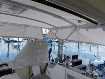 sweden 54 helm bimini with sprayhood connector and side shade panels 8