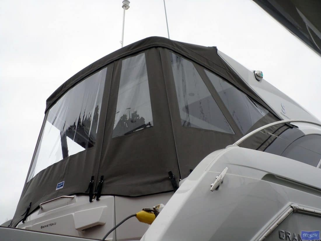 beneteau gt 38 cockpit enclosure ref 5922 5