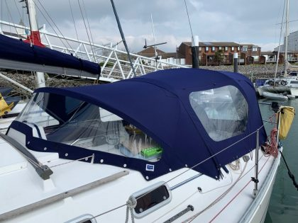 Moody 336 Sprayhood at Haslar Marina
