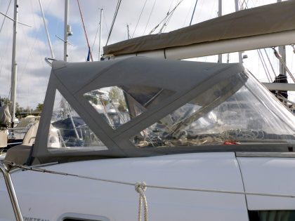 Beneteau Oceanis 46 Sprayhood Recover for factory fitted T-Top original right side view 2