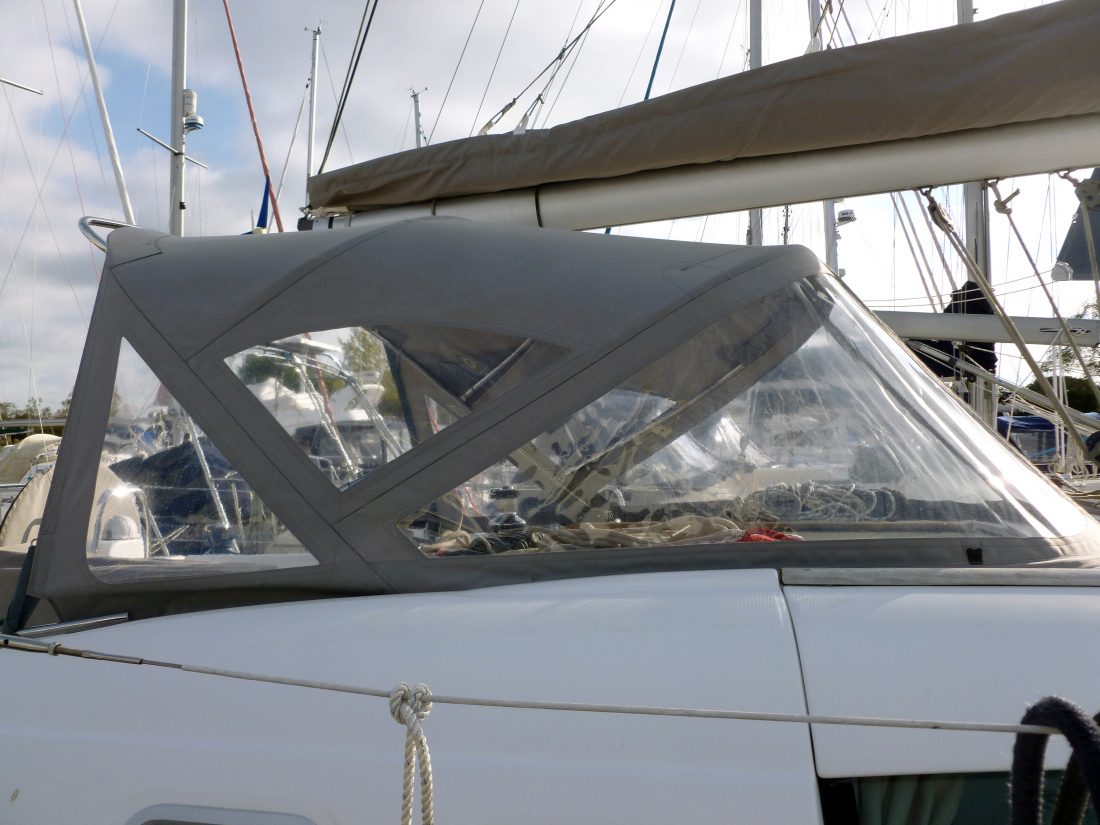 Beneteau Oceanis 46 Sprayhood Recover for factory fitted T-Top original
