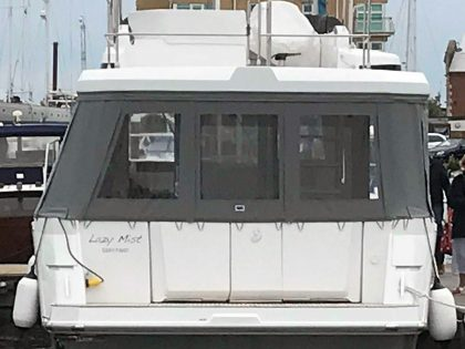 Beneteau Swift Trawler 35 Cockpit Enclosure rear 1