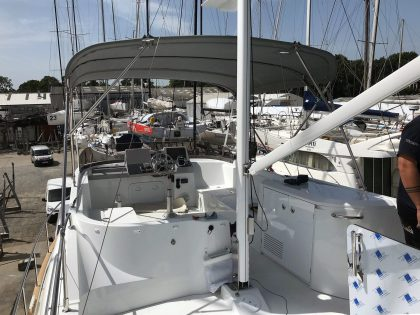 Beneteau Swift Trawler ST 44 Flybridge Bimini rear 1