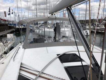 Beneteau Oceanis 46.1 WITH ARCH, Sprayhood front 1