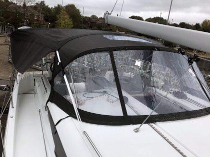 Jeanneau Sun Odyssey 490 Bimini, Side Shade Panels and Sprayhood Connection Panel front 3