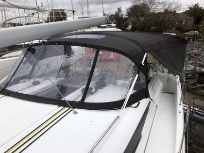 Jeanneau Sun Odyssey 490 Bimini, Side Shade Panels and Sprayhood Connection Panel front 2