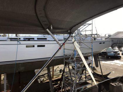 Beneteau Swift Trawler 47 Flybridge Bimini interior