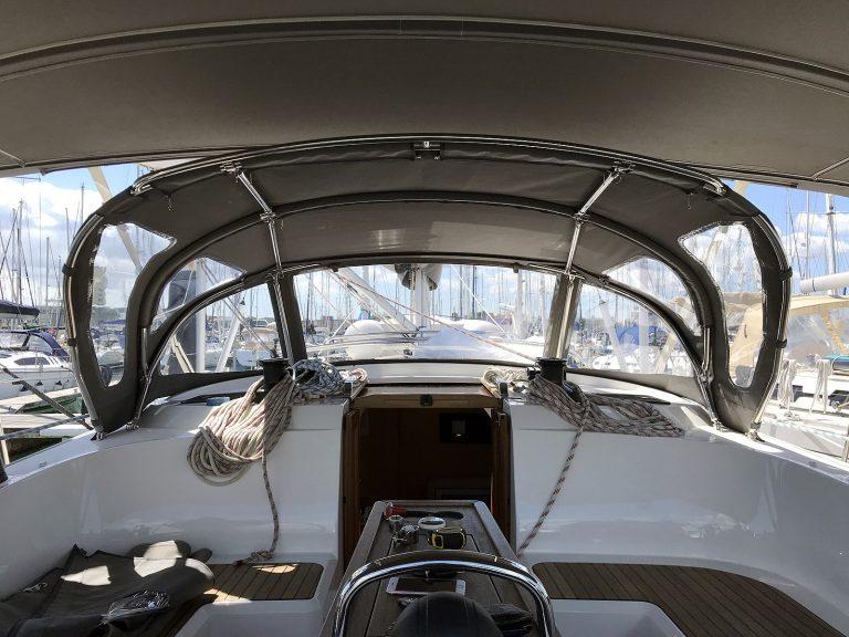 Bavaria Cruiser 46 Sprayhood, Custom Design