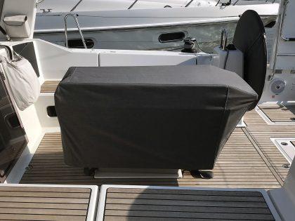 Beneteau Oceanis 41.1 Cockpit Table cover