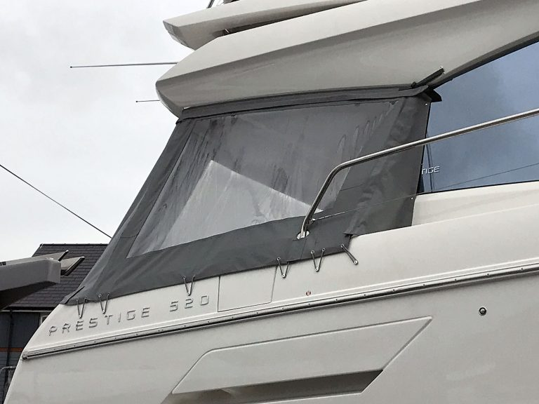 Jeanneau Prestige 520 Cockpit Enclosure