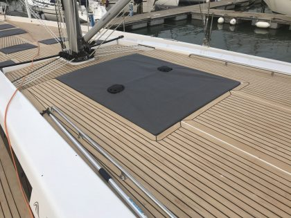 Hanse 588 Hatch Covers